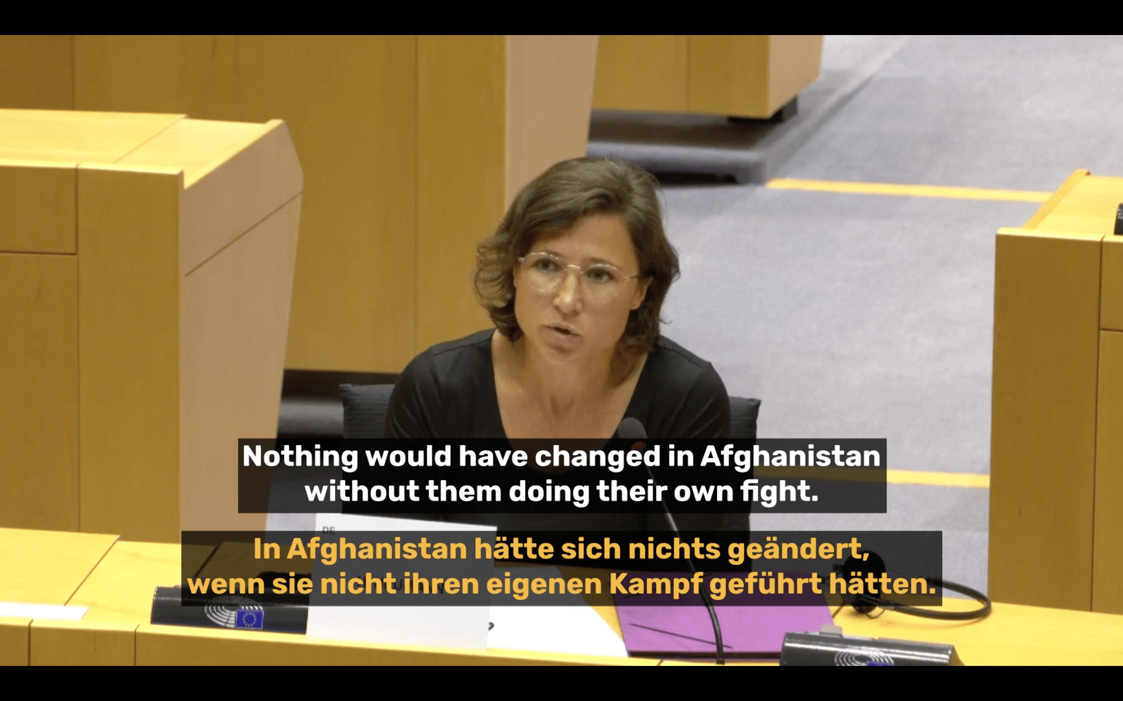 Abgeordnete diskutieren über Frauenrechte in Afghanistan